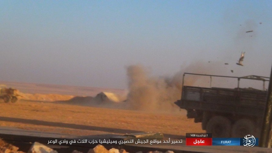 Anh: Phien quan IS phan cong du doi o mien nam Syria-Hinh-10