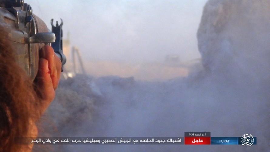 Anh: Phien quan IS phan cong du doi o mien nam Syria-Hinh-6