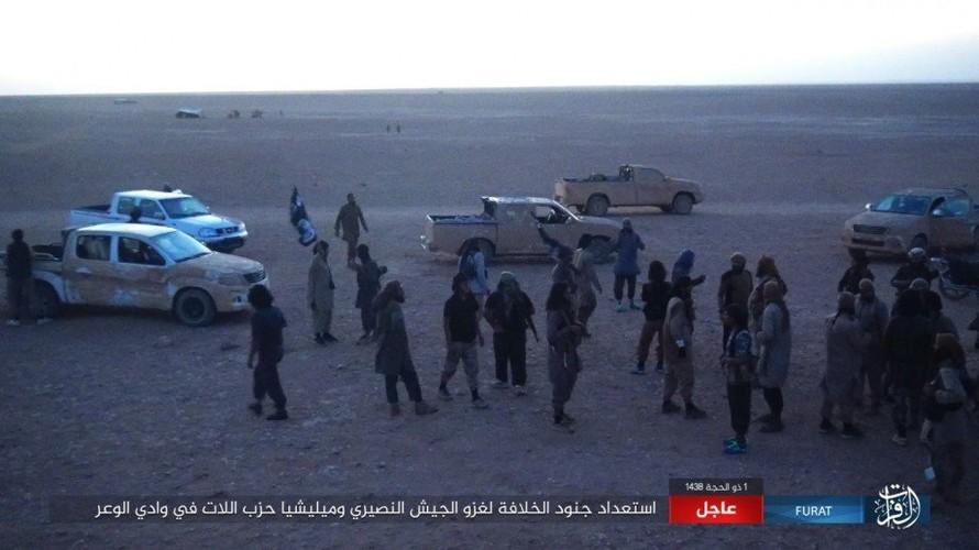 Anh: Phien quan IS phan cong du doi o mien nam Syria