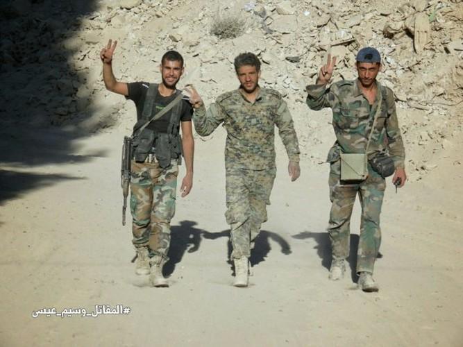Chum anh Quan doi Syria thang lon o Dong Damascus-Hinh-5