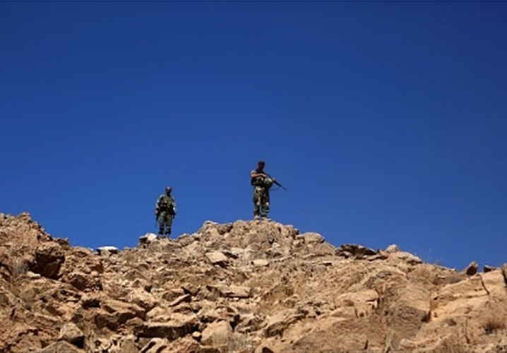 Hinh anh bien gioi Syria-Lebanon sach bong phien quan IS-Hinh-14