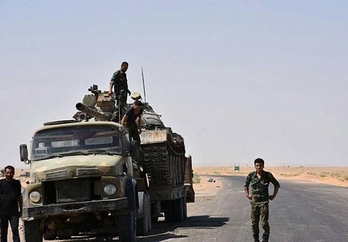 Anh: Quan doi Syria thua thang xoc toi o Deir Ezzor-Hinh-12