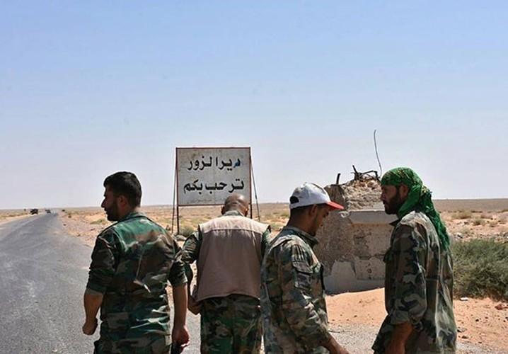 Anh: Quan doi Syria thua thang xoc toi o Deir Ezzor-Hinh-9