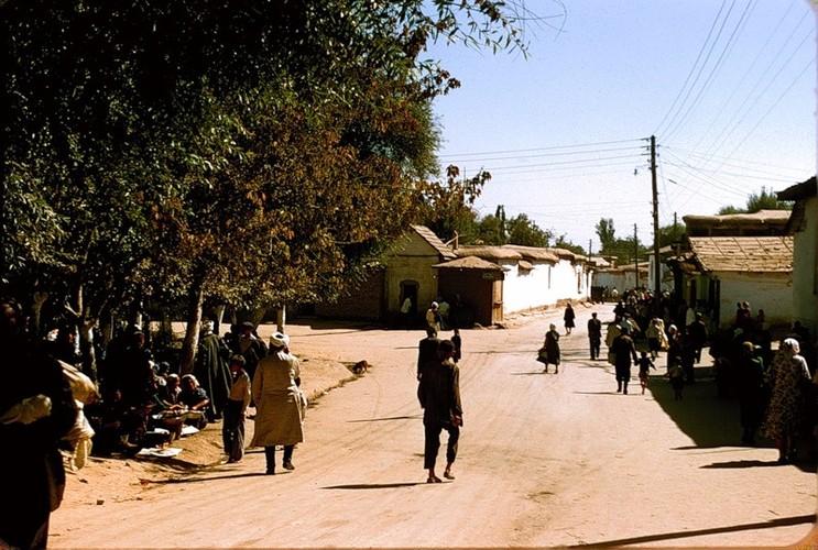 Binh di cuoc song thuong nhat o Uzbekistan nam 1956-Hinh-7