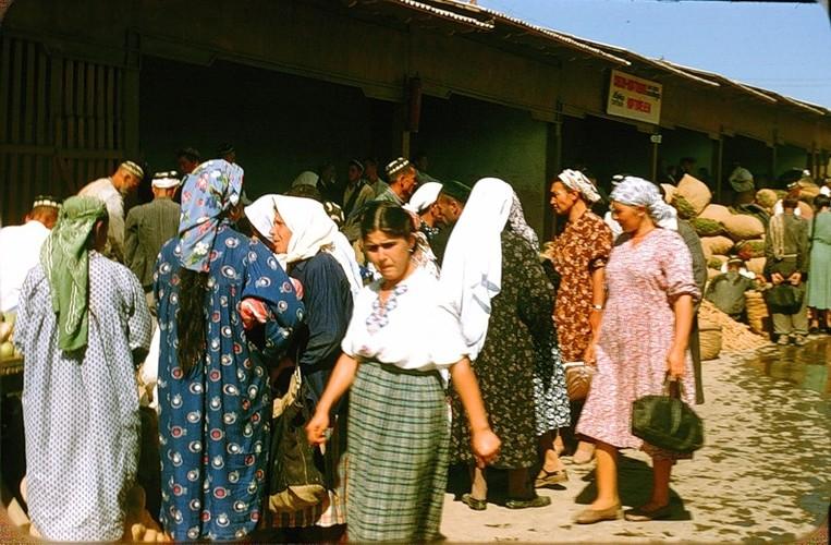 Binh di cuoc song thuong nhat o Uzbekistan nam 1956