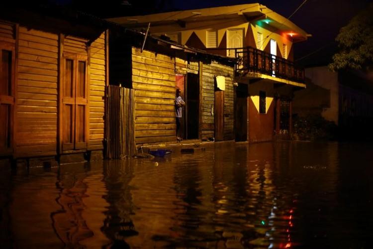 Chum anh sieu bao Irma cay nat vung Caribe-Hinh-9