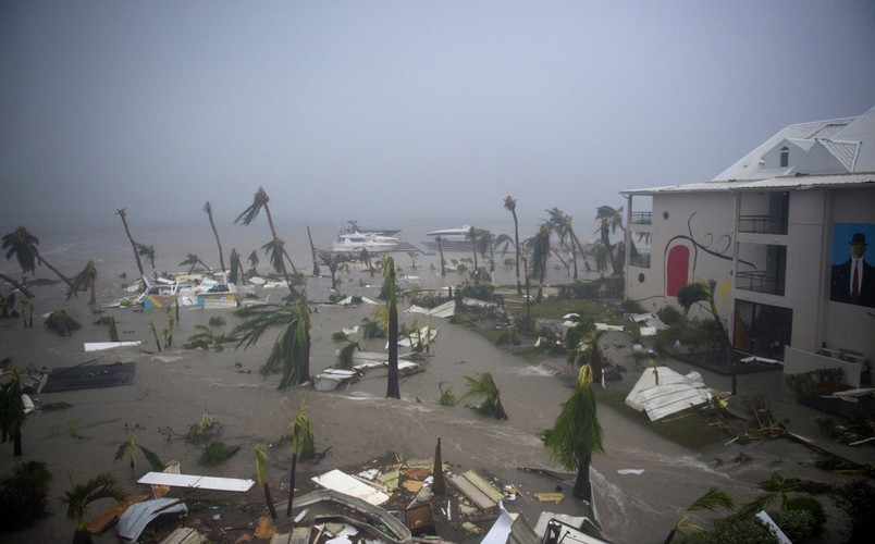 Chum anh sieu bao Irma cay nat vung Caribe