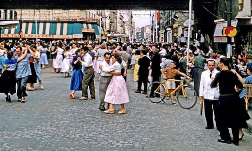 He mo cuoc song thuong nhat o Paris thap nien 1950-Hinh-2