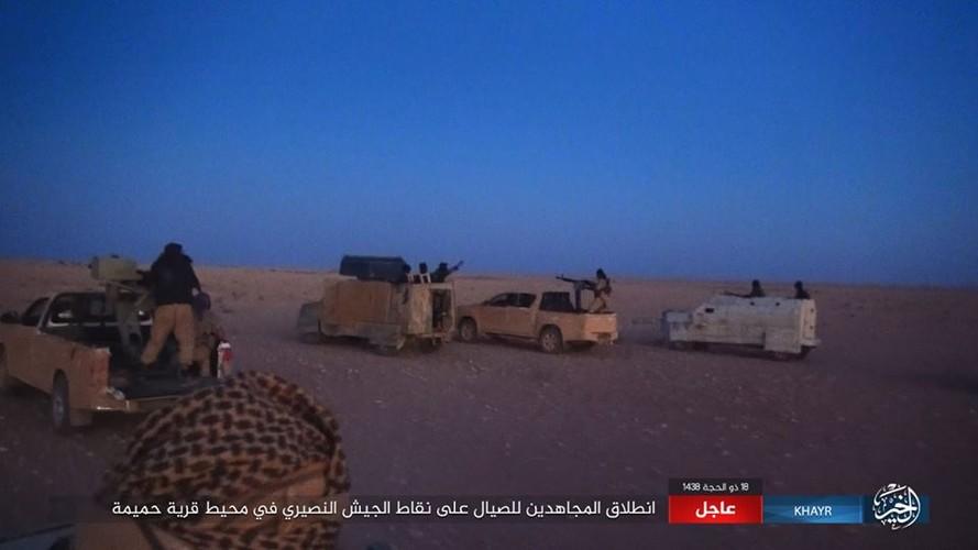 Anh: Phien quan IS chuyen  sang danh du kich o tinh Homs-Hinh-3