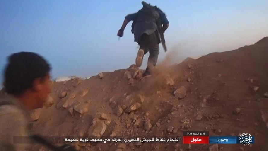Anh: Phien quan IS chuyen  sang danh du kich o tinh Homs-Hinh-6
