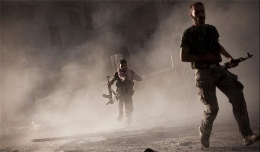 Anh: Phien quan IS chuyen  sang danh du kich o tinh Homs-Hinh-7