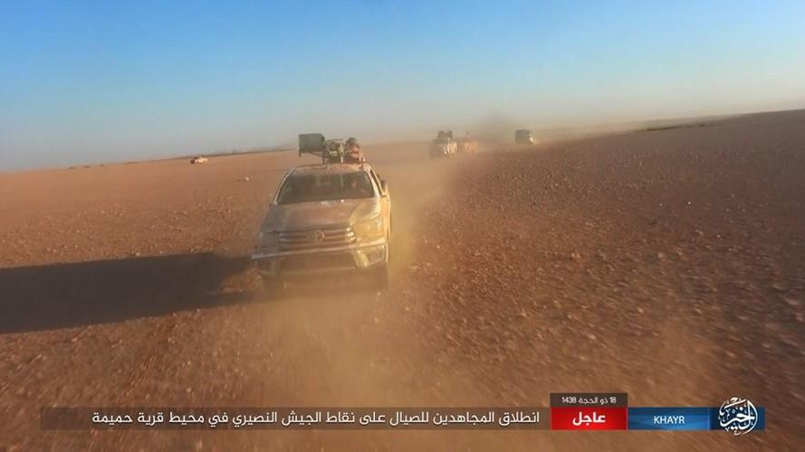 Anh: Phien quan IS chuyen  sang danh du kich o tinh Homs