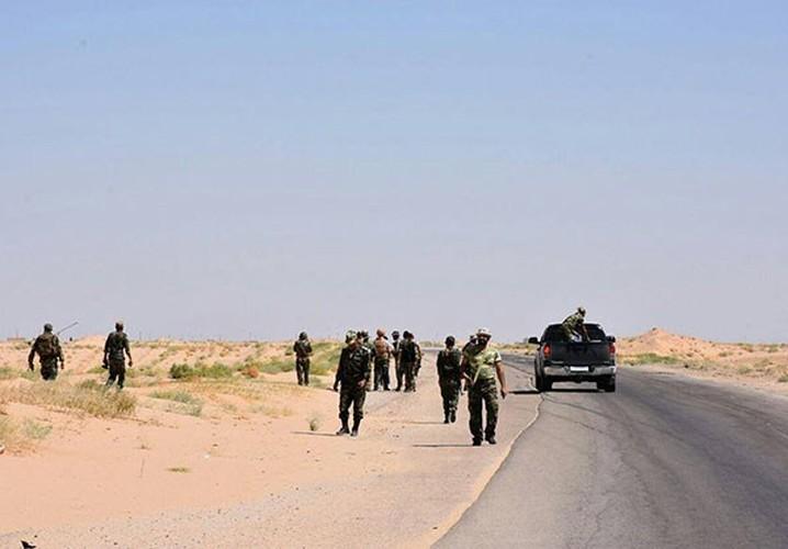 Anh: Quan doi Syria giai phong nhieu khu vuc gan Deir Ezzor-Hinh-7