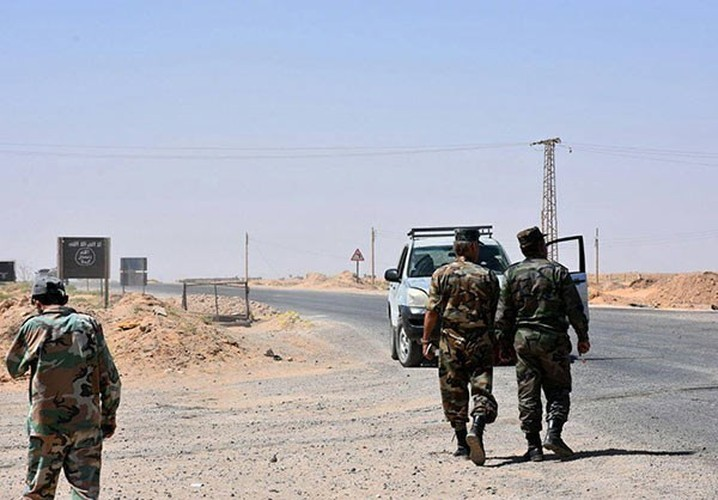 Anh: Quan doi Syria giai phong nhieu khu vuc gan Deir Ezzor-Hinh-8