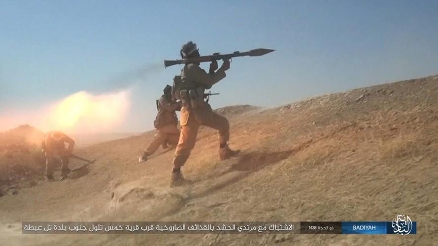 Anh: Khung bo IS tan cong du doi dan quan Iraq-Hinh-6