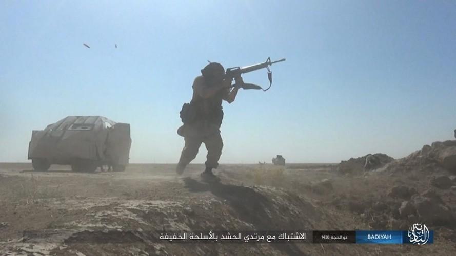 Anh: Khung bo IS tan cong du doi dan quan Iraq-Hinh-8