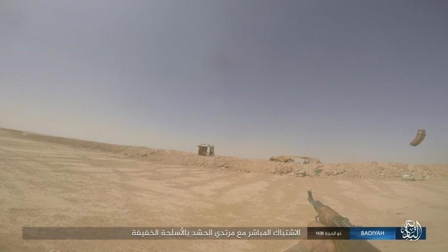 Anh: Khung bo IS tan cong du doi dan quan Iraq-Hinh-9
