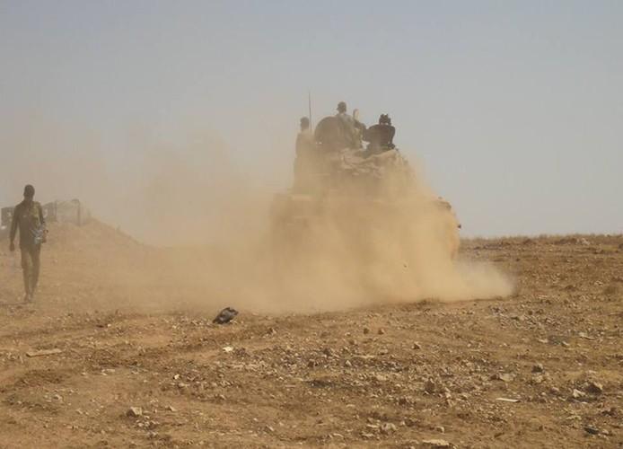 Anh: Quan Syria giai phong nhieu khu vuc o mien trung Syria-Hinh-3