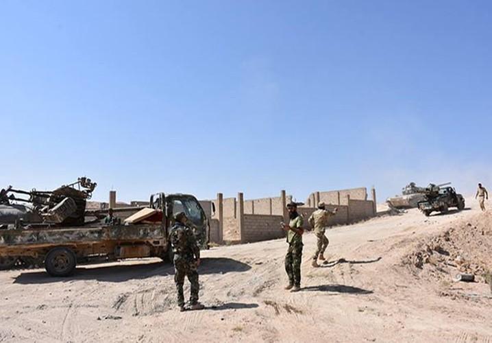 Anh: Quan doi Syria tan cong vu bao o Deir Ezzor-Hinh-2