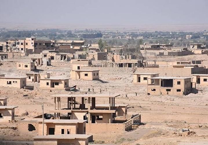 Anh: Quan doi Syria tan cong vu bao o Deir Ezzor-Hinh-4
