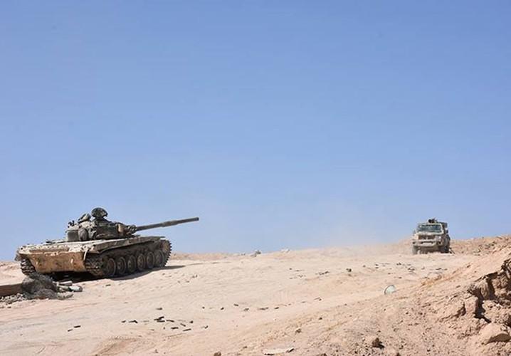 Anh: Quan doi Syria tan cong vu bao o Deir Ezzor-Hinh-6