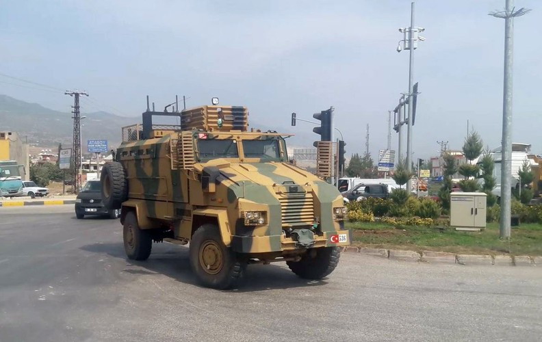 Anh: Tho Nhi Ky tap trung binh luc sat bien gioi voi Syria-Hinh-7