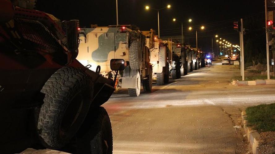 Anh: Tho Nhi Ky tap trung binh luc sat bien gioi voi Syria-Hinh-9