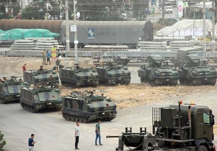 Anh: Tho Nhi Ky tap trung binh luc sat bien gioi voi Syria
