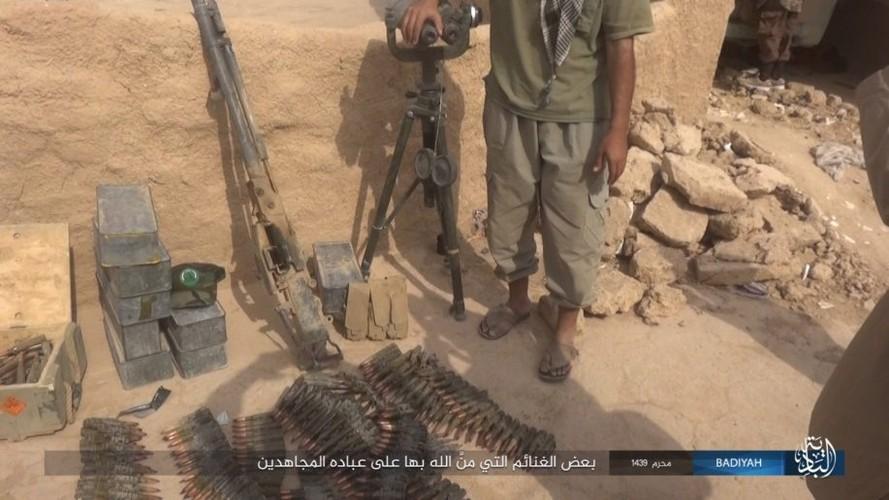 Anh: Khung bo IS tan cong du doi quan doi Iraq-Hinh-10