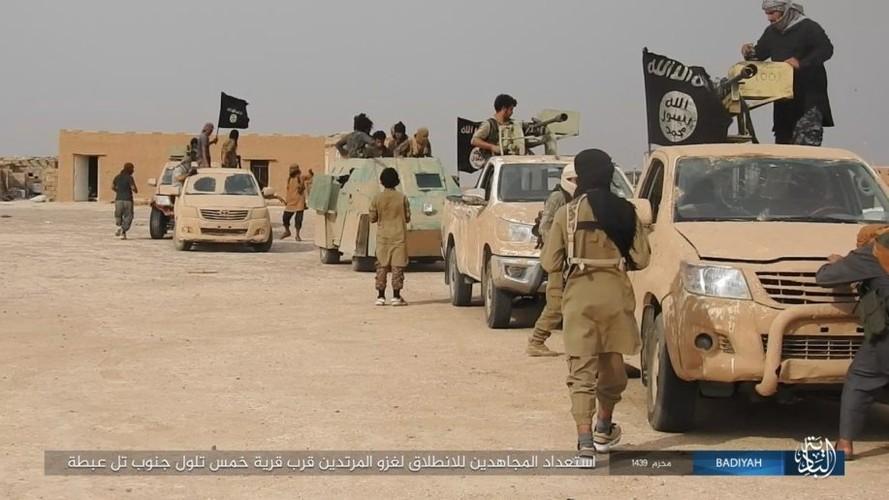 Anh: Khung bo IS tan cong du doi quan doi Iraq-Hinh-11
