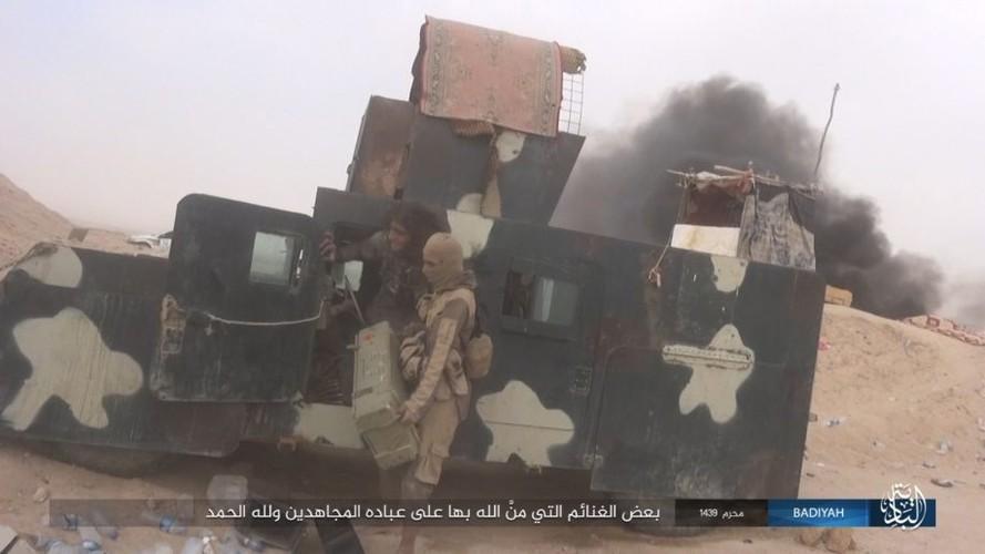 Anh: Khung bo IS tan cong du doi quan doi Iraq-Hinh-13