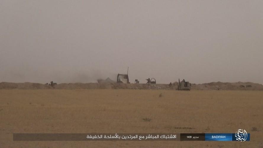 Anh: Khung bo IS tan cong du doi quan doi Iraq-Hinh-2