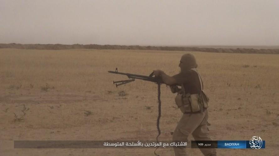 Anh: Khung bo IS tan cong du doi quan doi Iraq-Hinh-4