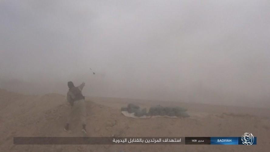 Anh: Khung bo IS tan cong du doi quan doi Iraq-Hinh-6