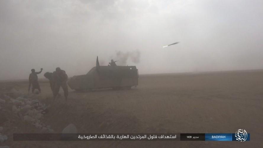 Anh: Khung bo IS tan cong du doi quan doi Iraq-Hinh-7