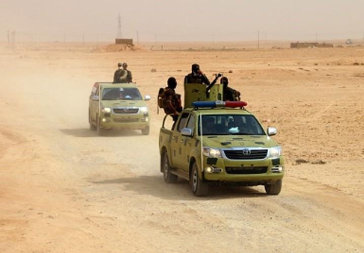 Anh: Iraq giai phong vung trong yeu gan bien gioi voi Syria-Hinh-2