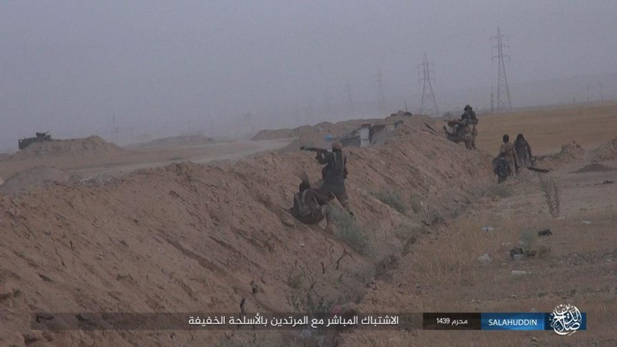 Anh: IS tan cong ac liet, dot trai cua quan doi Iraq-Hinh-2