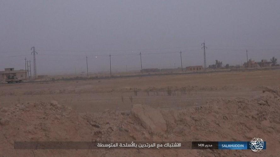 Anh: IS tan cong ac liet, dot trai cua quan doi Iraq-Hinh-7