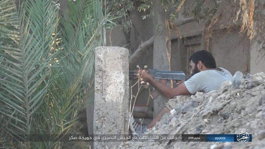 Anh: Phien quan IS chong tra du doi tren dao Sakr chien luoc-Hinh-9