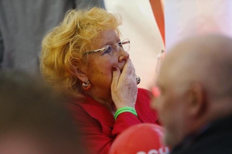 Anh: Thu tuong Merkel thang loi dang cay trong bau cu Duc-Hinh-13