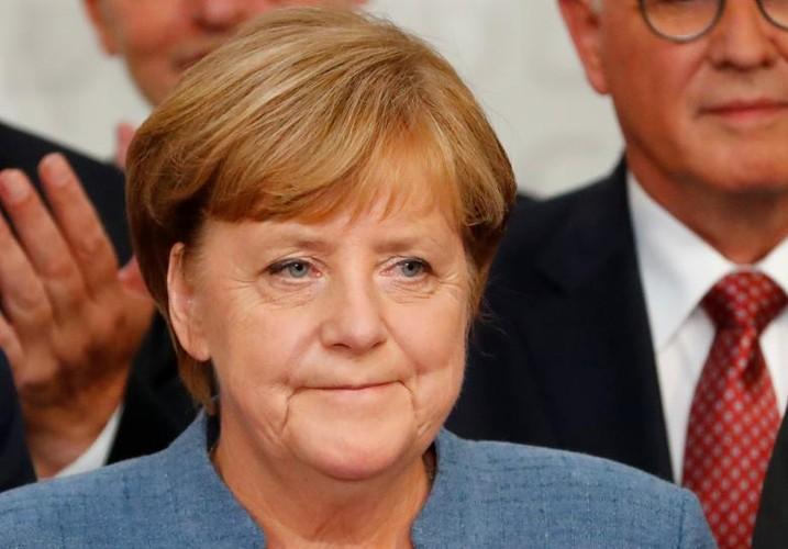 Anh: Thu tuong Merkel thang loi dang cay trong bau cu Duc-Hinh-2