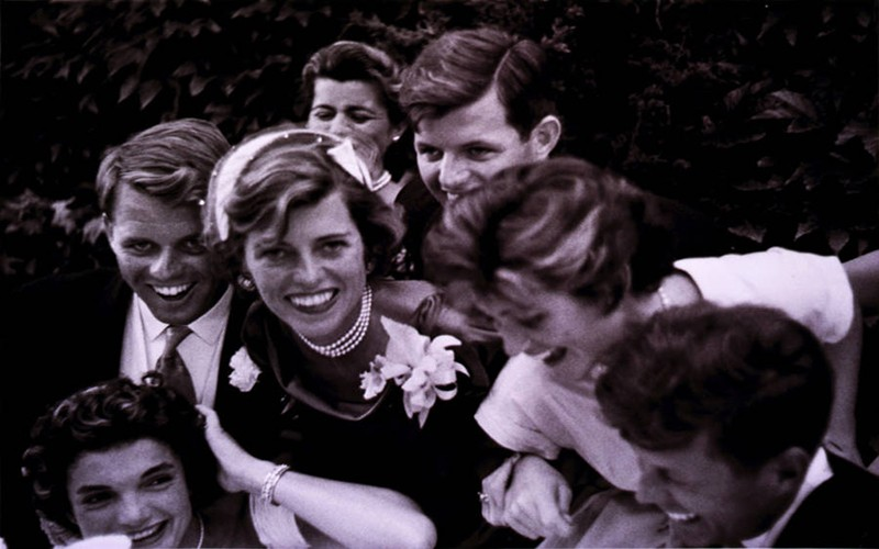 Ven man bi mat gay soc ve gia toc Kennedy-Hinh-11