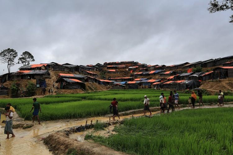 Khon kho cuoc song cua nguoi ti nan Rohingya o Bangladesh