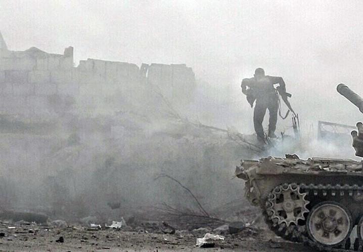 Anh: Quan doi Syria lai thang lon o Dong Damascus-Hinh-6