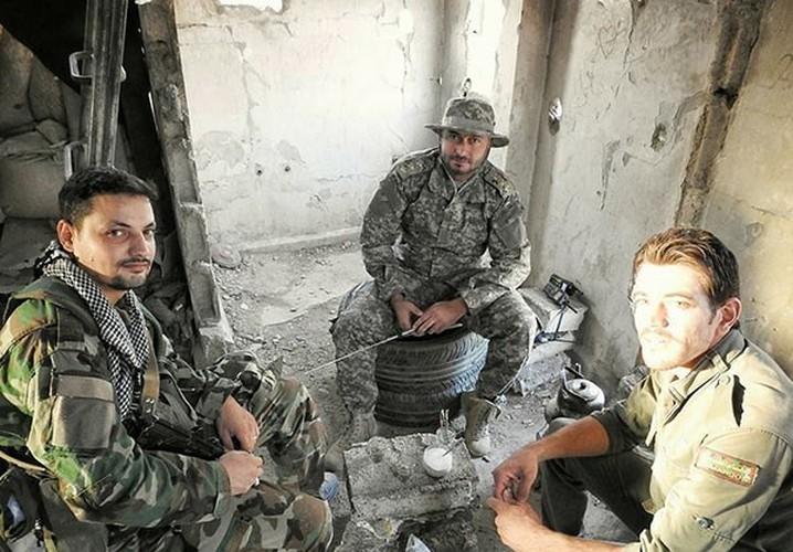Anh: Quan doi Syria lai thang lon o Dong Damascus-Hinh-7