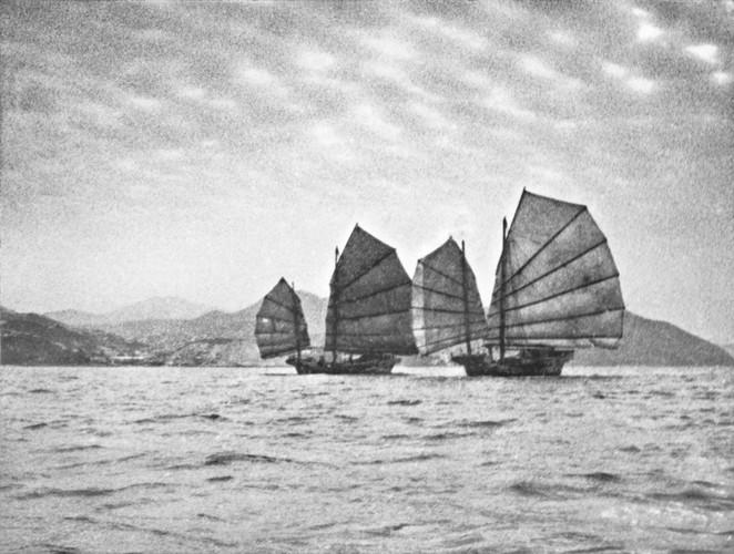 Hong Kong thap nien 1950 qua ong kinh nha tai phiet-Hinh-10