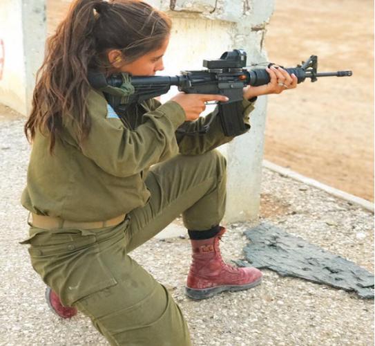 Ngan ngo nhan sac nhung nu quan nhan Israel xinh dep-Hinh-5