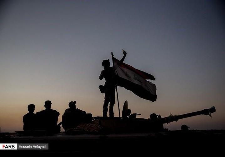 Anh: Mot ngay, quan doi Iraq diet 200 phien quan IS o Hawija-Hinh-8