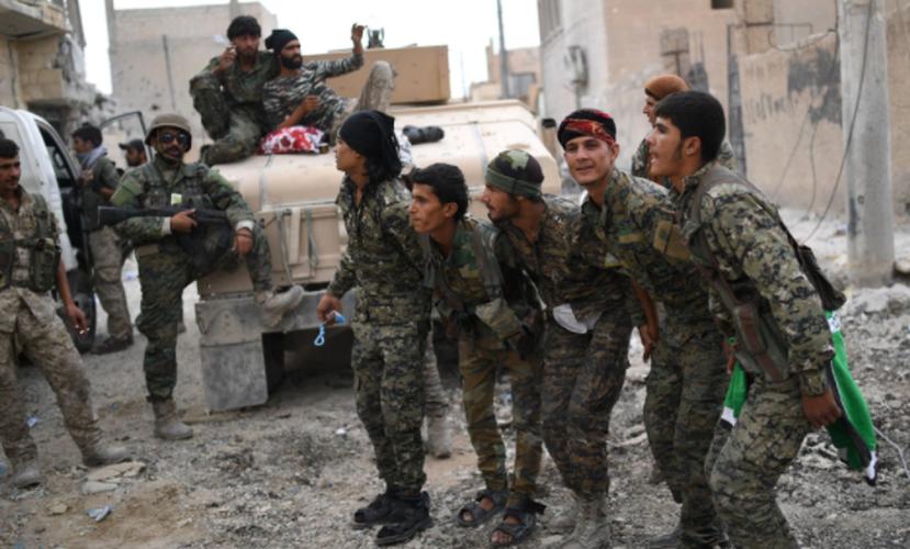 Anh: SDF don suc diet sach phien quan IS o Raqqa-Hinh-11