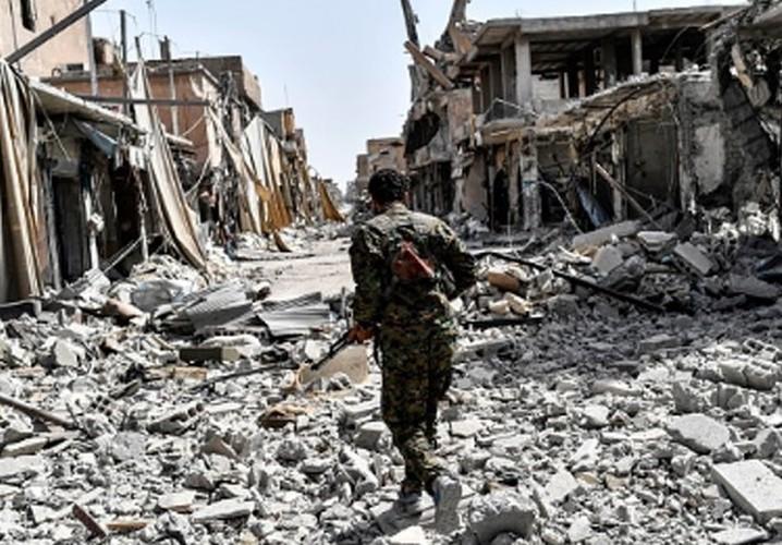 Anh: SDF don suc diet sach phien quan IS o Raqqa-Hinh-15